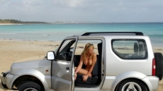 Car Stuck Girls on the beach (10)