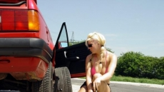 Car Stuck Girls (8)