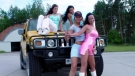 Car Stuck Girls (14)